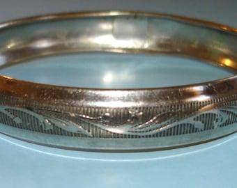 etched vintage silver floral vines and leaves bangle bracelet