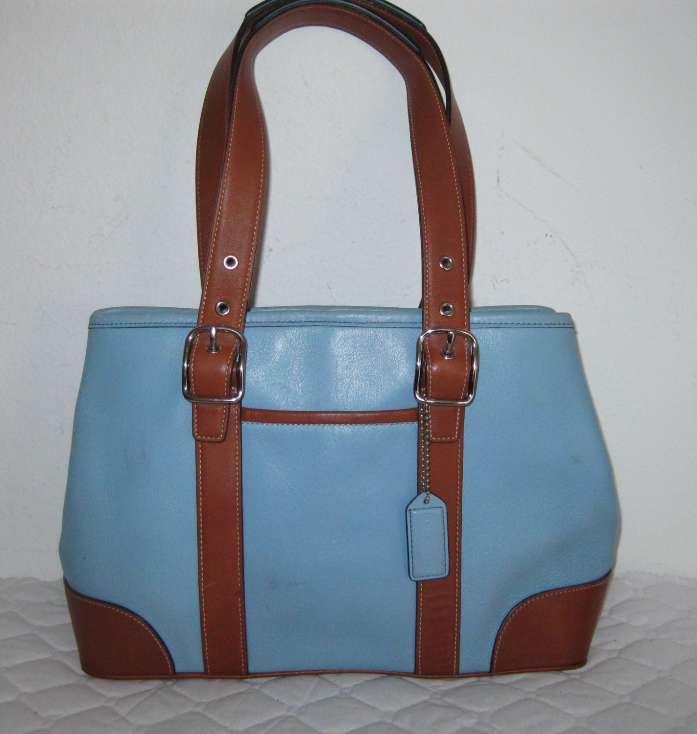 Sale Coach Hamptons Tote Bag In Baby Blue Saddle Leather