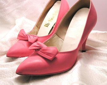 Vintage Pink High Society High Heeled Shoes with Bows