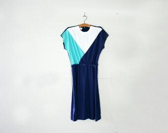 vintage 70s Colorblock Ladies Dress Aqua Blue Navy & White Frock- Plus Size XL