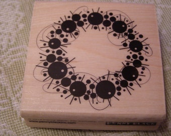 Ornamental Wreath wood mounted Rubber Stamp from Penny Black