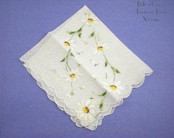 Vintage Ladies Handkerchief 1950s Embroidered Daisies Unused