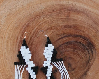 Black and White Geometric Beaded Earrings