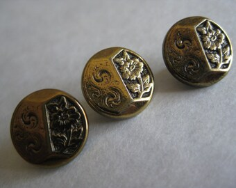Flower Gold Buttons Vintage Three