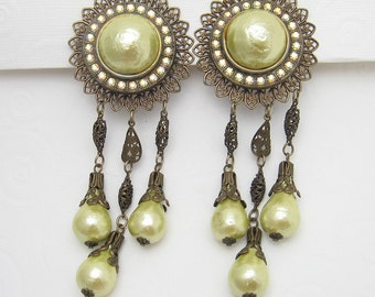 Vintage Shoulder Duster Earrings Bold Yellow Jewelry E5720