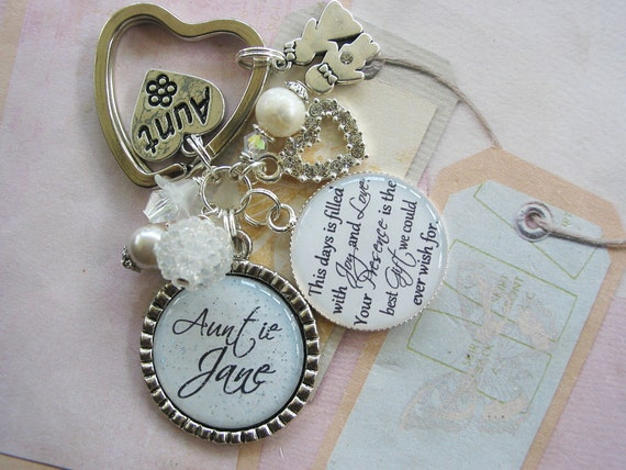 Keychain For Wedding Gift : Personalized Wedding gift Keychain for Aunts, Grandmas, Moms, Sisters,