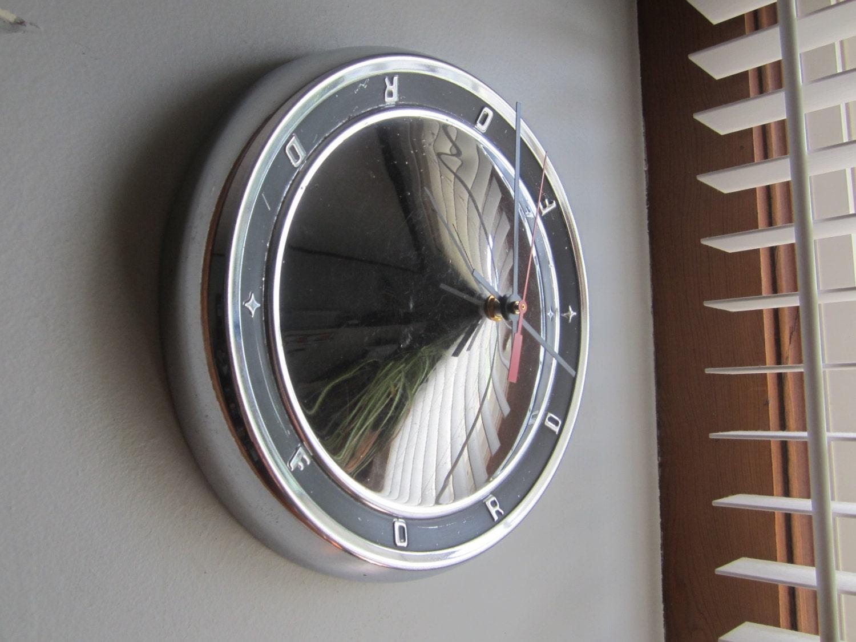 1963 ford camion enjoliveur horloge pas 2491. Black Bedroom Furniture Sets. Home Design Ideas