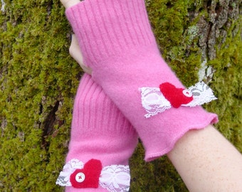 Warm Wool Fingerless Gloves in Girly Pink with Red Hearts