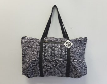 LAST ONE Egyptian Print Tuffle Bag