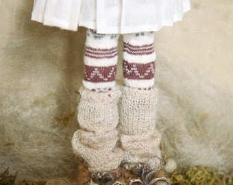 jiajiadoll- Hand Knit- cream leg warmers socks fits momoko- blythe -Misaki- Unoa light- Lati yellow