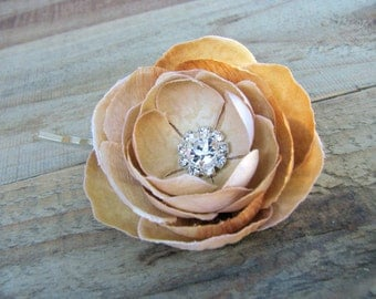 Small Champagne Flower Fascinator Ranunculus Hair Pin, Floral Brooch Pin Back, Silk Flower, Bridesmaid Accessory, Rhinestone Crystals Clip