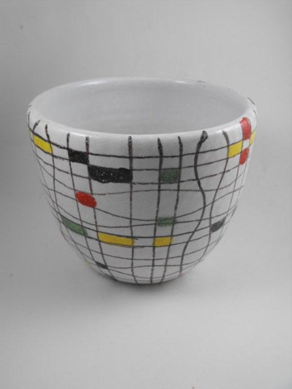 Mondrian inspired vintage bowl flower pot vase for Mondrian vase