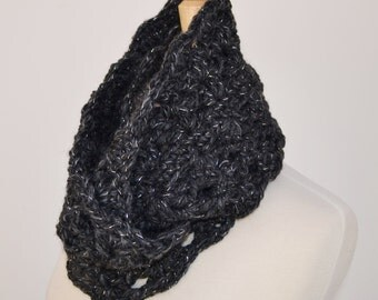 Chunky Infinity Scarf..Charcoal Gray Cowl..Holiday Scarf