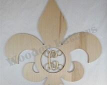 Fleur De Lis with Monogram Insert