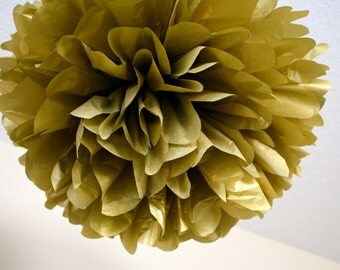 METALLIC GOLD / 1 tissue paper pom pom / diy / wedding decorations / golden anniversary / new years eve / gold decorations / pompoms / poms