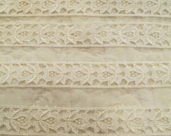White Lace Trim 7/8 inch x 4 yards New Supply SALE