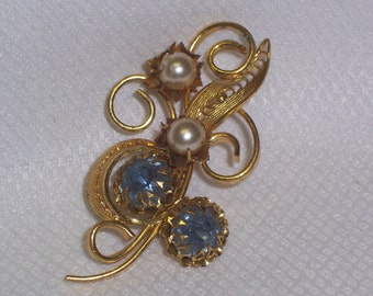 Vintage Goldtone Brooch with Blue Rhinestones and Faux Pearls
