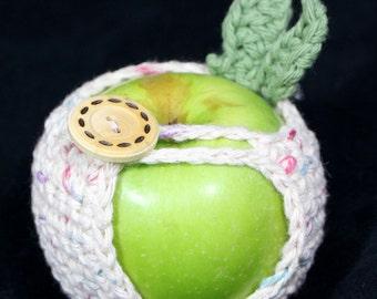 Apple Cozy Jacket Crochet Apple Holder in Ecru Print Cotton Yarn