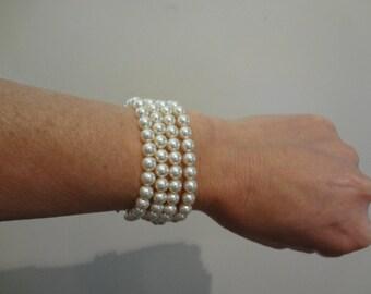 Bridal Pearl Bracelet, pearl cuff, Bridesmaid jewelry,  bridal jewelry, ivory pearl bracelet
