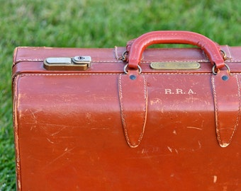 CLEARED US Customs, antique monogrammed leather suitcase, home decor, vintage, coolvintage, collectibles, gorgeous, looks great, S1 L