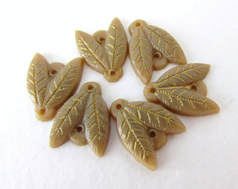 Vintage Glass Beads Beige Leaves Sew On Connector Gold Paint Czech 14mm vgb0813 (6)