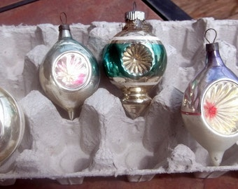 Group of 4 Glass Christmas Ornaments with Star Burst  Design 3