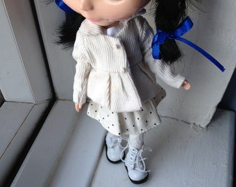 Cream Jacket For Blythe Doll