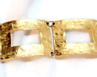 Textured Gold Tone Large Link Vintage Bracelet by FLORENZA - Hard to Find