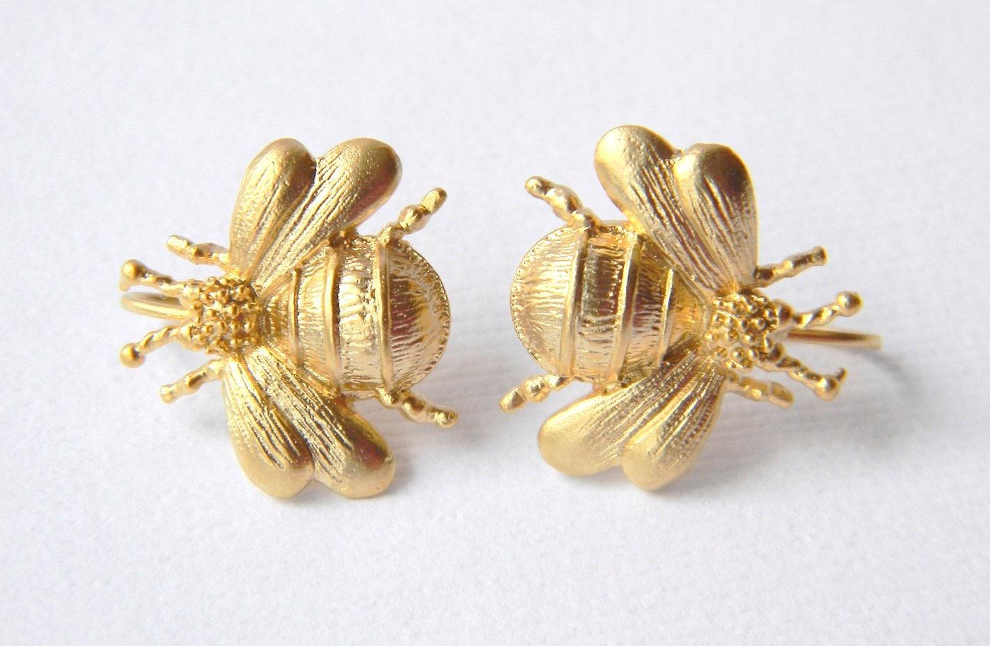 bumble bee earrings honey bee gold bee earrings by danacastle