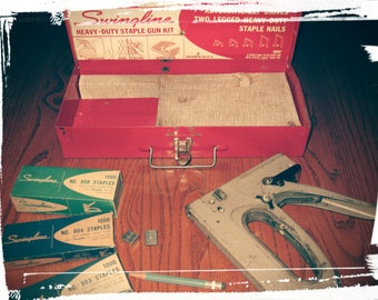 VINTAGE 1950s SWINGLINE Staple Gun No.900 /5 Tool Kit Collectible Retro Antique MidCentury Industrial Red & White Lithographed Metal Box Tin