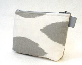 Ikat Fabric Gadget Pouch Cosmetic Bag Zipper Pouch Makeup Bag Cotton Zip Pouch Gray White Modern Chipper MTO