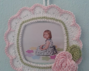 Special Edition - Little girls crochet picture frame.