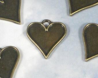 12 Heart Bezel Charm Pendants 21mm Bronze Setting Tray Cool for Earrings (P1339)
