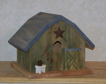 Green Weathered  Barn Birdhouse With Or Without Copula