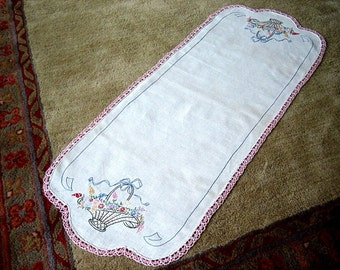 Lace Hem Nosegays Table Runner Vintage Embroidered White Beveled Lace Hem Nosegay Basket Blue Bow
