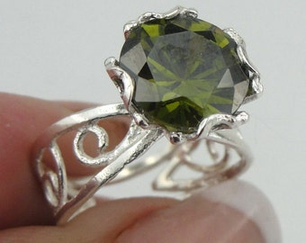 Fine Solitaire filigree 925 Sterling Silver, Tourmaline Ring, Green Zircon ring size 7. Engagement Ring, Free Shipping (r 10007gr)