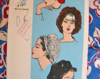 UNCUT Vintage Vogue Hat Pattern 6242 // 1960s Softly Gathered Snood Type Beret // One Size