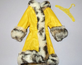 1970 GREAT COAT #1459 Mod Barbie Doll