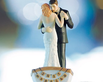 Row Away Rowboat Custom Dancing Bride and Groom Wedding Cake Toppers Couple in boat Romantic Porcelain Hand Painted Figurines