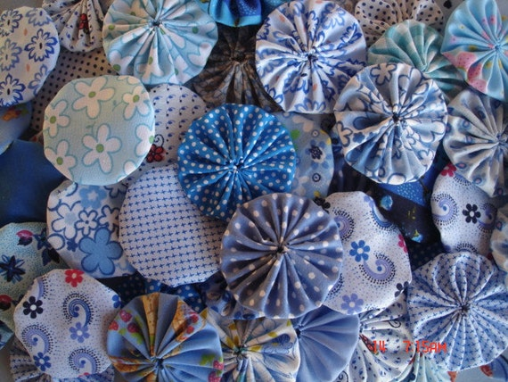 40 Blue Mix Assortment Fabric Yo Yo Applique Quilt Suffolk PUff