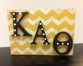 Kappa Alpha Theta shelf sitter Greek letters