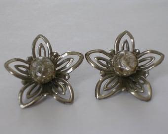 Silver Wire Flower Earrings 1950s Clip Ons
