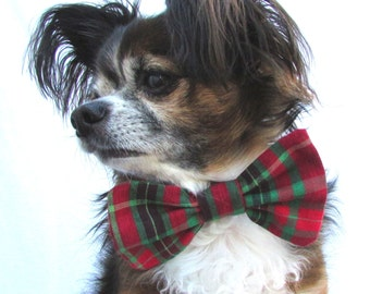 Pet Dog Bowtie-Green and Red Plaid-Clip On -size large