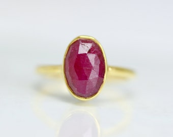 July Birthstone Ring - Bezel Set Statement Ring - Red Ruby Gemstone Ring - Oval Cut Gold Ring - Stacking Ruby Ring - Gold Ruby Ring