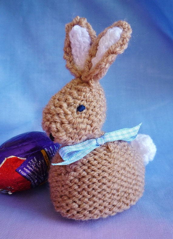 knitting pattern EASTER BUNNY creme egg cover by ...