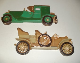 Group of Vintage 1977 3-D Plastic Wall Hanging Vintage Classic Cars - Decorative, Art, Display, Collectible -  Cool Item