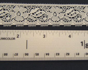 Ivory Straight Edge Flower Lace