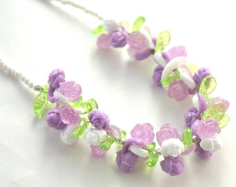 Vintage 1960s White Beaded Flower Necklace// Rockabilly// Made In Japan//Jewelry Supply// New Old Stock// More Colours