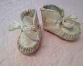 Vintage newborn shoes