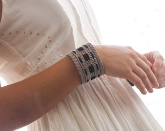 Maria - Handwoven cuff bracelet with copper